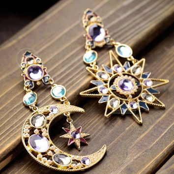 Ethnic Earrings With Diamond