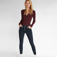 Bar Front Fitted V-Neck Sweater