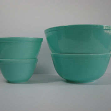 Set of 4 Aqua/Turquoise Vintage PYREX Mixing/Serving Bowls - Mid Century
