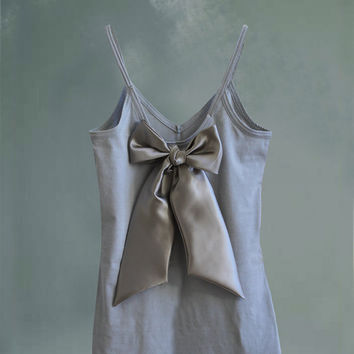 Womans tank gray black bow retro romantic by tratgirl valentino inspiration