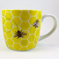Bumble Bees Honeycomb Coffee Mug 12 oz Yellow Flowers Now Designs k380