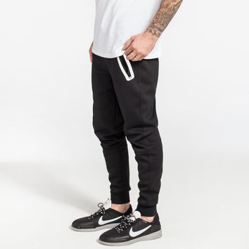 BROOKLYN CLOTH Tech Fleece Mens Jogger Pants | Joggers & Sweatpants