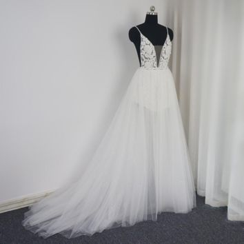 Sexy Backless Beach Wedding Dress Sequin Layer Illusion Skirt Light Fairy Bridal Gown