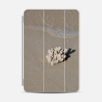 Coral and Beach iPad Mini 1/2/3 cover by VanessaGF | Casetify