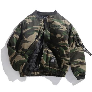 Trendy 2017 Japane Brand Men bomber jacket Camouflage Flag embroidered Badge Military Thick Loose Outerwear Army green padded Coats AT_94_13