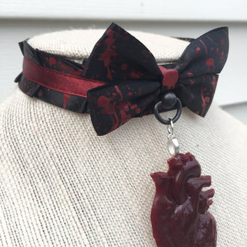The Tell Tale Heart with Anatomical Heart Pleated Pet Play and BDSM Ribbon Collar