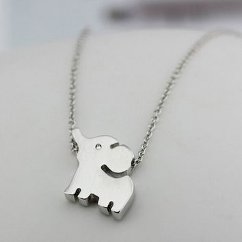 Womens Cute 925 Silver Elephant Pendant Necklace + Christmas Gift Box -70