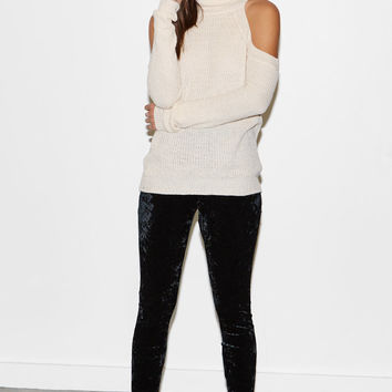 Kendall and Kylie Crushed Velvet Leggings at PacSun.com