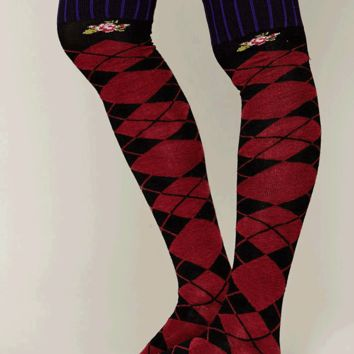 Free People – Argyle Tall Sock In Black/Red/Combo | Thirteen Vintage