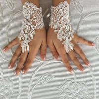 Flower girl ivory lace gloves wedding bridal gloves french lace for princess wedding gloves lace, bridesmaid lace gloves