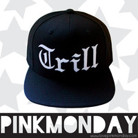 Trill Old English Black Snapback Flat Bill for Women Girls Fitted Cap Hat One Size Fits All Adjustable Black and White Unisex Men