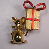 Mylu, Mouse With Present, Vintage Brooch
