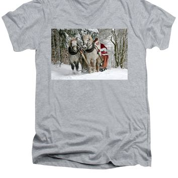 Santa Sleigh With Horses - Men's V-Neck T-Shirt