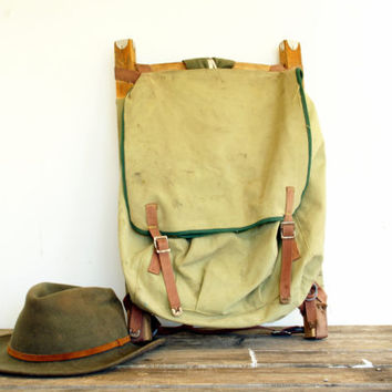 Vintage Camping Backpack Pioneer // Army Green Canvas Pack Board