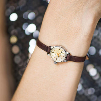 Minimalist Women Watch Small Vintage, Ladies Watch Round, Watch Women Tiny Gift Her Delicate Lady Watch Seagull Mechanical Leather Strap New