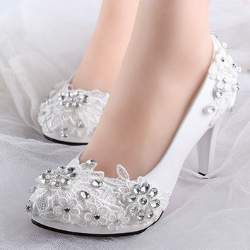 Low high heels bridal wedding shoes white rhinestones lace wedding pumps shoe for spring summer bridesmaid shoes XNA 242