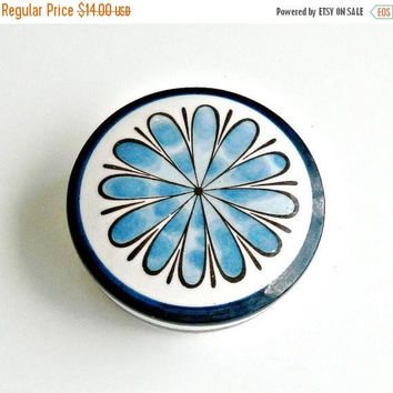 ON SALE MOD Daisy Trinket Dish, Vintage Blue & White Porcelain Ring Dish, 1960s Flower Power Trinket Box.