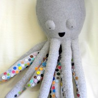 octopus with button covered tentacles... cool idea!