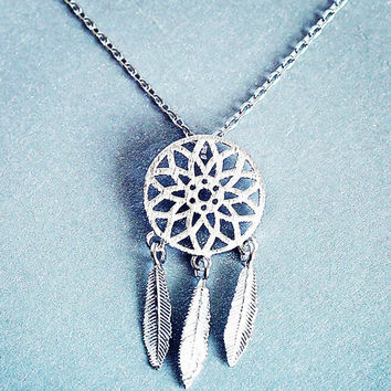 Womens Old Silver Dreamcatcher Pendant Necklace Gift-123