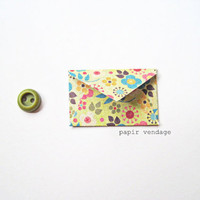 10 Mini Envelopes in Flower Power  Journaling by papirvendage