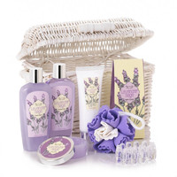 Lavender And Sage Spa Set : Shower gel, bars of soap, bubble bath and moisturizing lotion