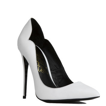 Lust For Life Kash White Leather Pointed Toe Pumps