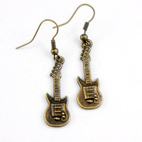 Guitar Earrings - Antiqued Brass Vintage Style Guitar Dangle Earrings - Bridesmaids Gifts Ideas - CP027