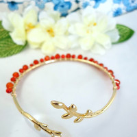 Orange carnelian gold leaf bracelet, orange fall leaf gold bracelet, gold leaf bangle bracelet