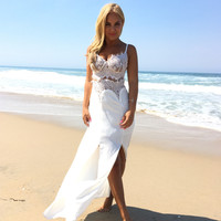 Lacey Dreams Maxi Dress In Ivory