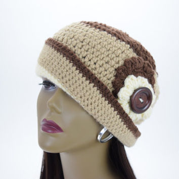 Stunning  Vintage Style Hand Crochet  Cloche Flapper Hat / Cloche Hat/  Brown , Tan & Cream
