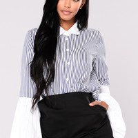 Romeo Pinstripe Top - Navy/White