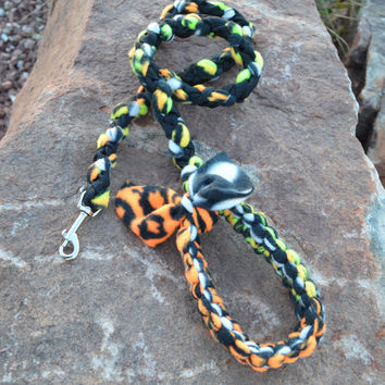 Braided Fleece Leash in Black, White, Orange, and Green