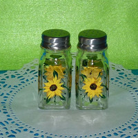 Essenceofthesouth Sunflower Salt & Pepper Shakers Hand Painted Custom Decorative Golden Sunflowers