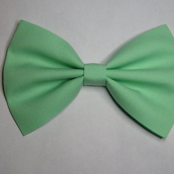 Mint color Hair Bow 5x3inches,Fabric Hair Bow,Fabric Bow, Bows for Kids, Hair bows