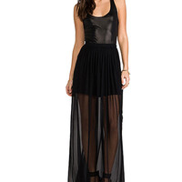 Black Scoop Neck  Maxi Dress