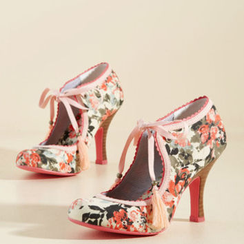 Garden Party Glam Heel in Melon | Mod Retro Vintage Heels | ModCloth.com