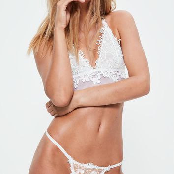Missguided - White Applique Lace Thong