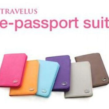 DCCKU62 Case Fashion Brand Passport Cover Quality PU Leather Card Credit Prevent the demagnetization Passport Holders