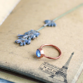 Copper band ring with glass cabochon light blue - Copper jewelry - Minimalist style ring