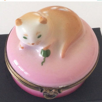 Limoges Porcelain French Trinket Box Pink Cat Peint Main Vintage Collectible