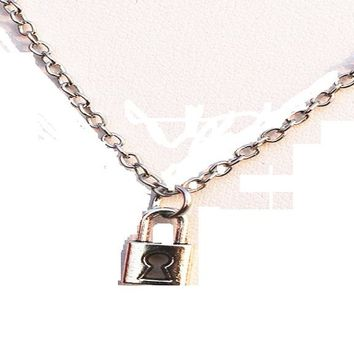Retro Cute Lock Pendant Necklaces Bijoux Collares For Women