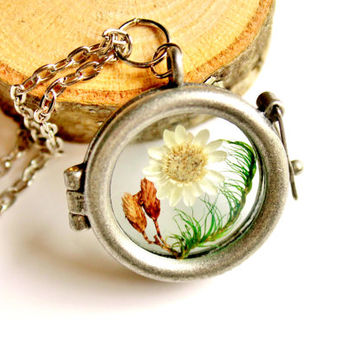 Terrarium Necklace Flower and Moss Nature Jewelry Antique Silver Plated Glass Locket