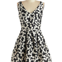 Bubble Your Luck Dress in Noir | Mod Retro Vintage Dresses | ModCloth.com