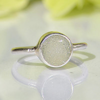 White druzy sterling silver round shape stacking bezel set ring - Size 5, 6 or 7