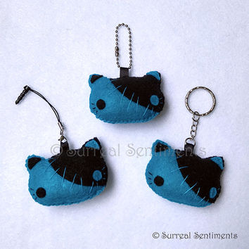 Teal Stitch Kitty Felt Plush Chain, Cute Felt Keychain, Kawaii Goth Plush, Cat Accessories, Kitty Plush Charm, Punk Goth Cat Keychain Gift