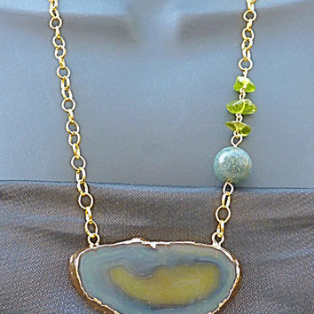 Green & Blue Geode Slice Statement Necklace, Mothers Day gift for women lapis lazuli necklace peridot Geode Necklace druzy necklace Easter