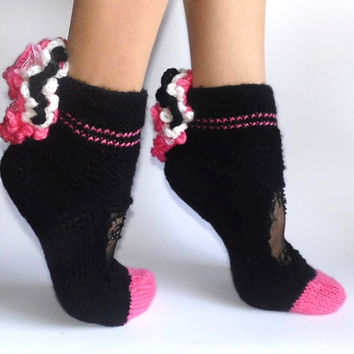 Pink Black Chantilly lace Girls  Hand knit Hand beaded Winter Fall Christmas Socks in Gift Box Free Shipping