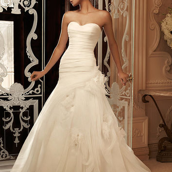 Casablanca Bridal 2105 Strapless Organza Trumpet Wedding Dress