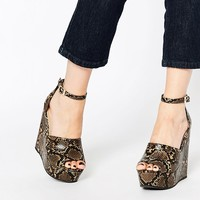 ASOS HOLD THE DREAM Wedges