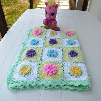 Blooming squares crochet flower blanket